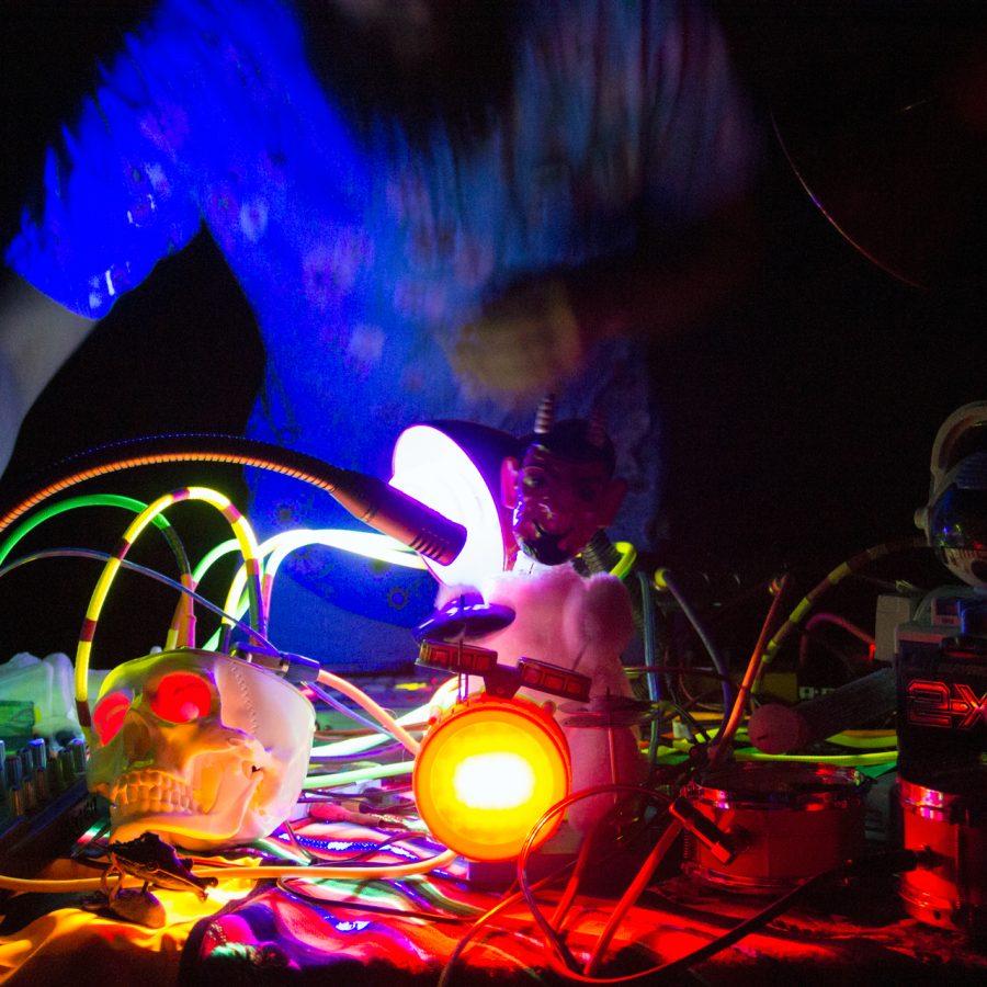 Programación del Concierto de Cierre para el Encuentro de Artes Electrónicas Videosonica 2015